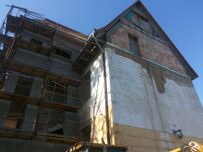 A kadarkúti Szeretetotthon felújítása és funkció bővítése