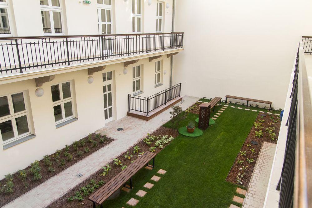 Károli Gáspár Református Egyetem, Horánszky utcai egyetemi kollégium belső felújítása és átépítése