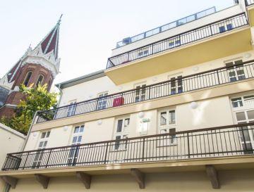 VIII. ker., Horánszky utcai kollégium felújítása