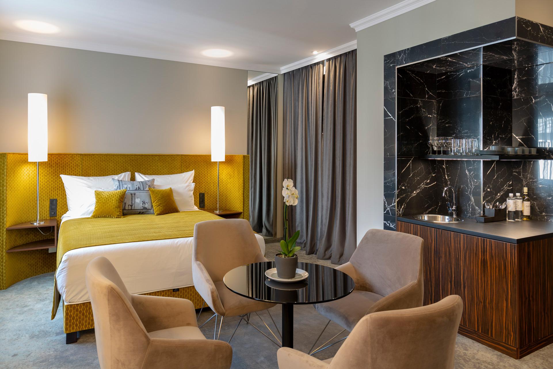 Mérleg utca szálloda modernizálás
