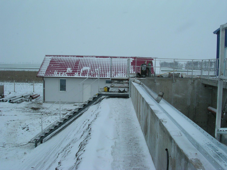 A gádorosi szennyvíztároló vasbeton szerkezetének megépítése