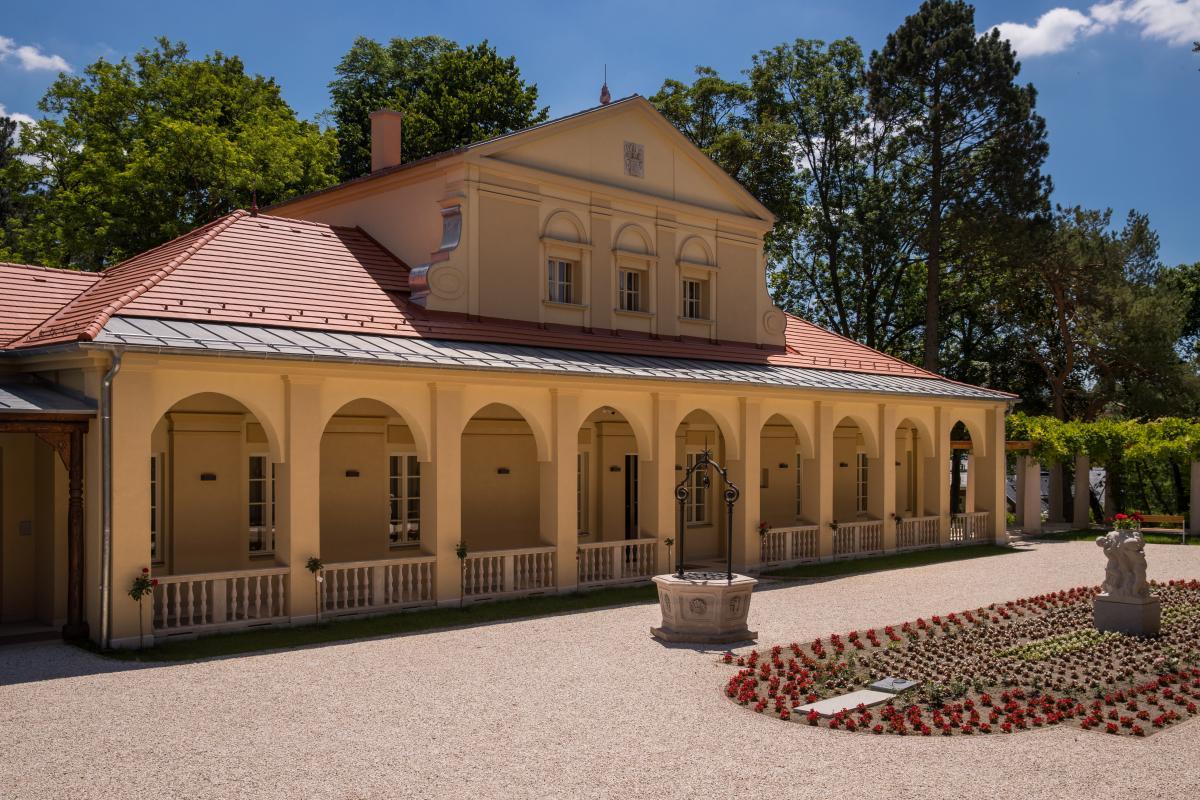 A Klebelsberg-kastély épületegyüttesének felújítása