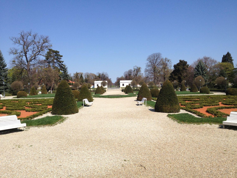 Nagycenk műemléki épület kert-rekonstrukció