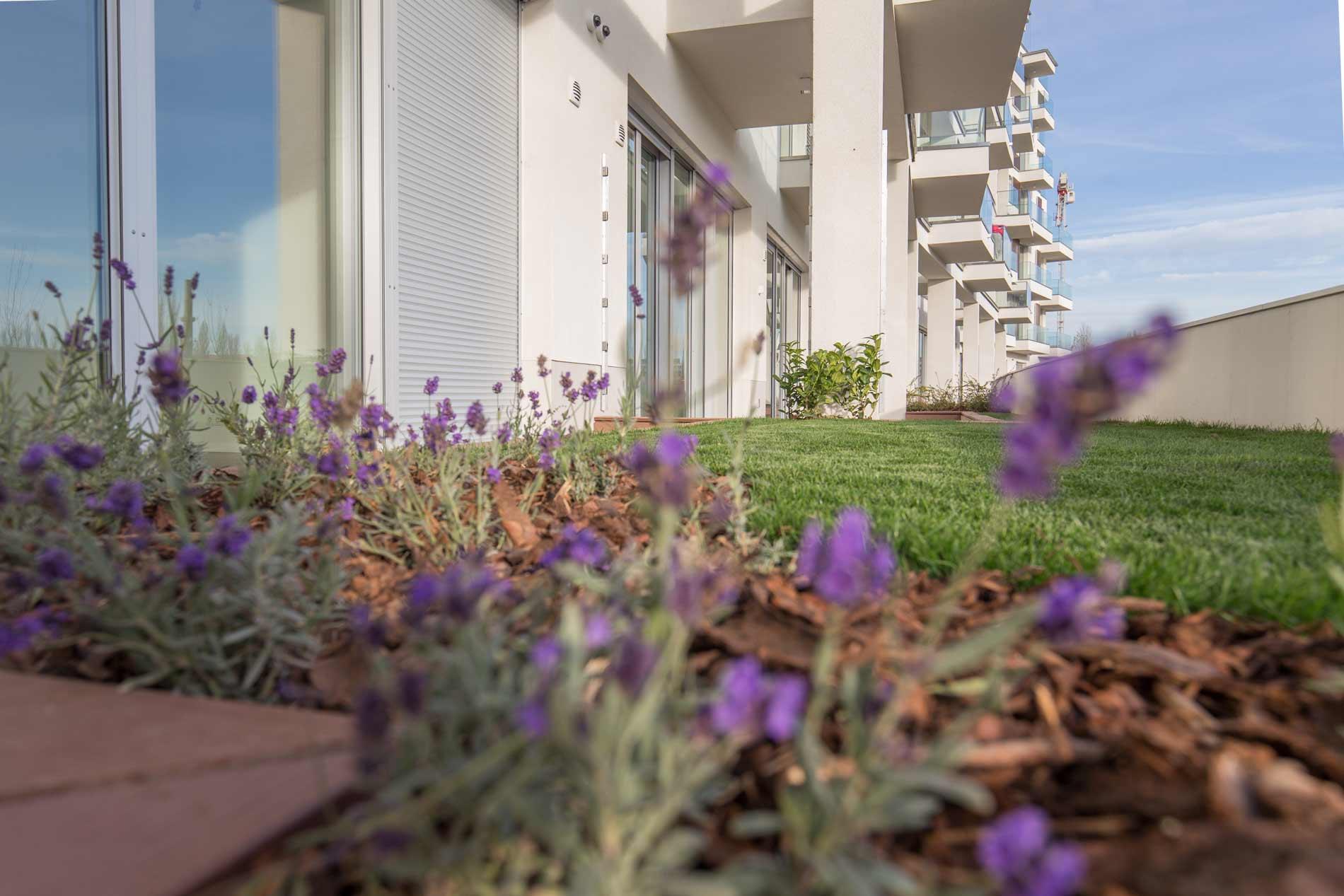 Marina Bay projekt-48 lakásos társasházak generálkivitelezési és fit-out munkálatai