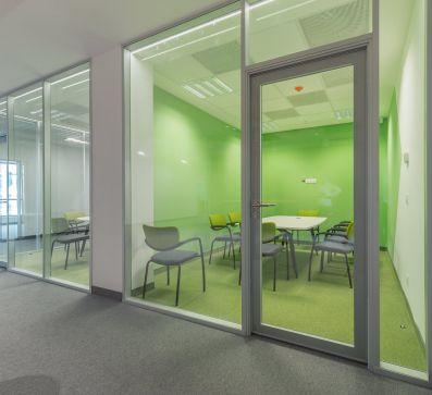 Corvin 5 irodaház belső befejező és fit-out munkálatai