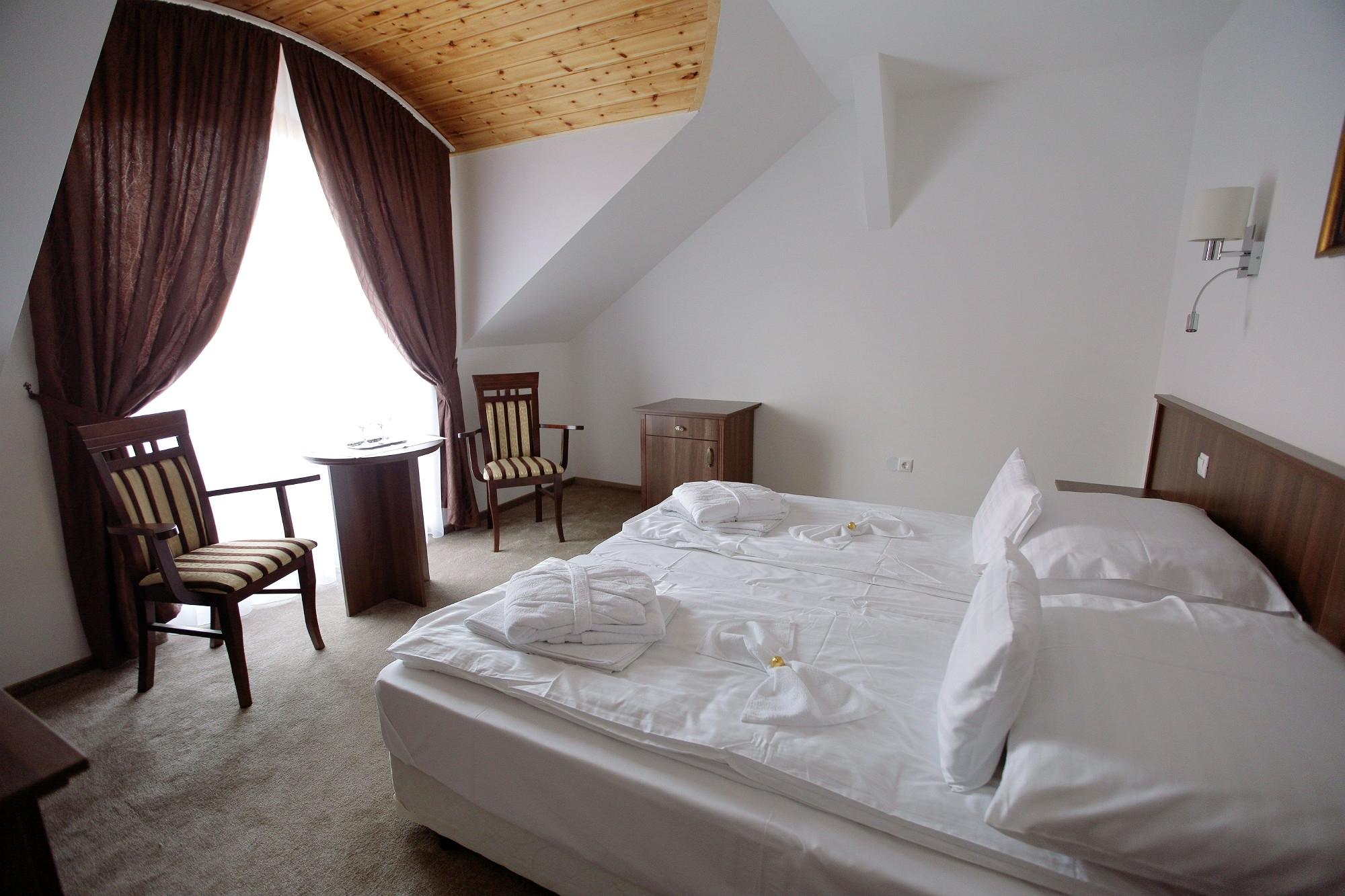 A szerencsi Meggyes Hotel korszerűsítése-felújítási és korszerűsítési munkák a hotel teljes területén