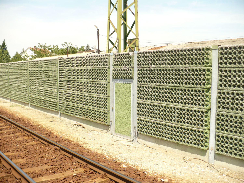 Budapest – Debrecen vasútvonalon hanggátló fal kiépítése