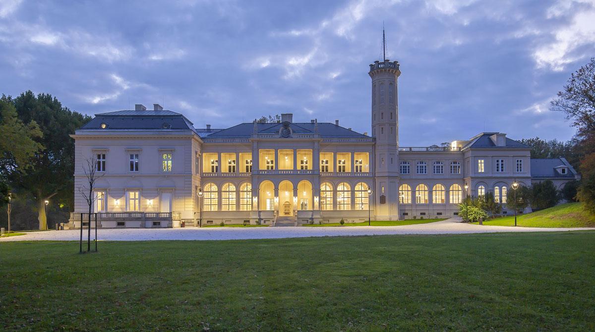 Füzérradványi Károlyi-kastély felújítása