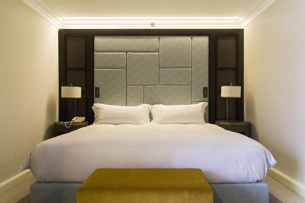 Hilton Budapest teljes északi szárnyának generál-felújítása-hálószoba