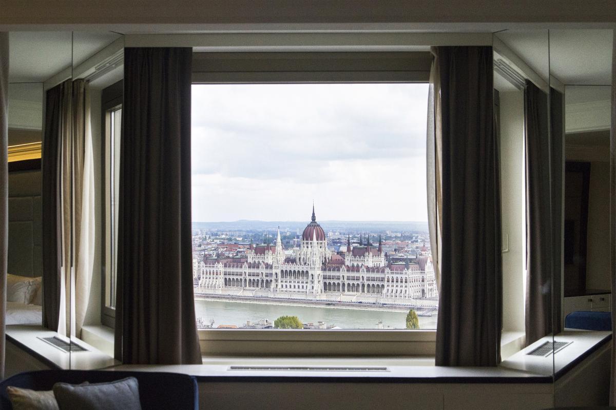 Hilton Budapest teljes északi szárnyának generál-felújítása-kilátás