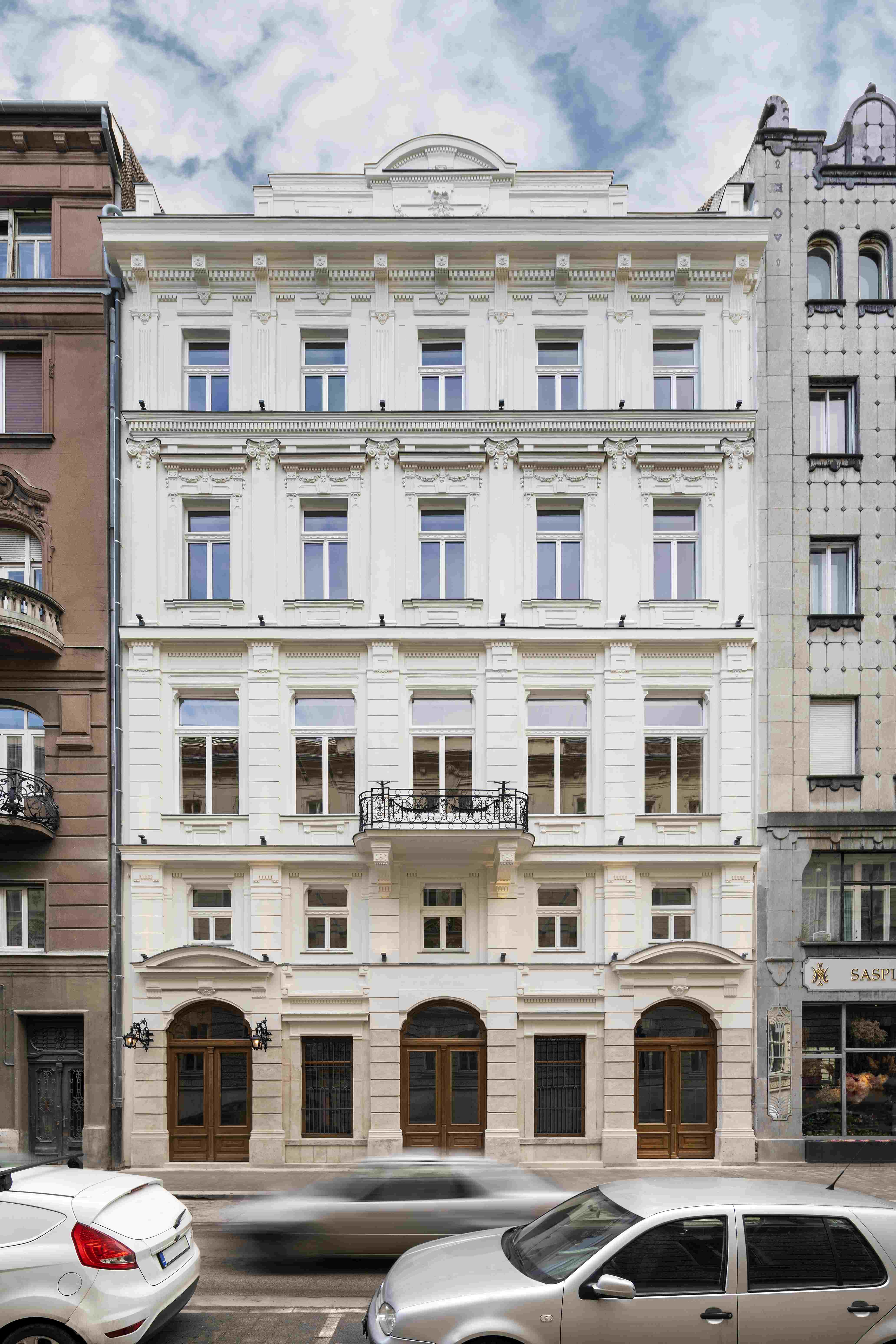 Irányi utca irodaház
