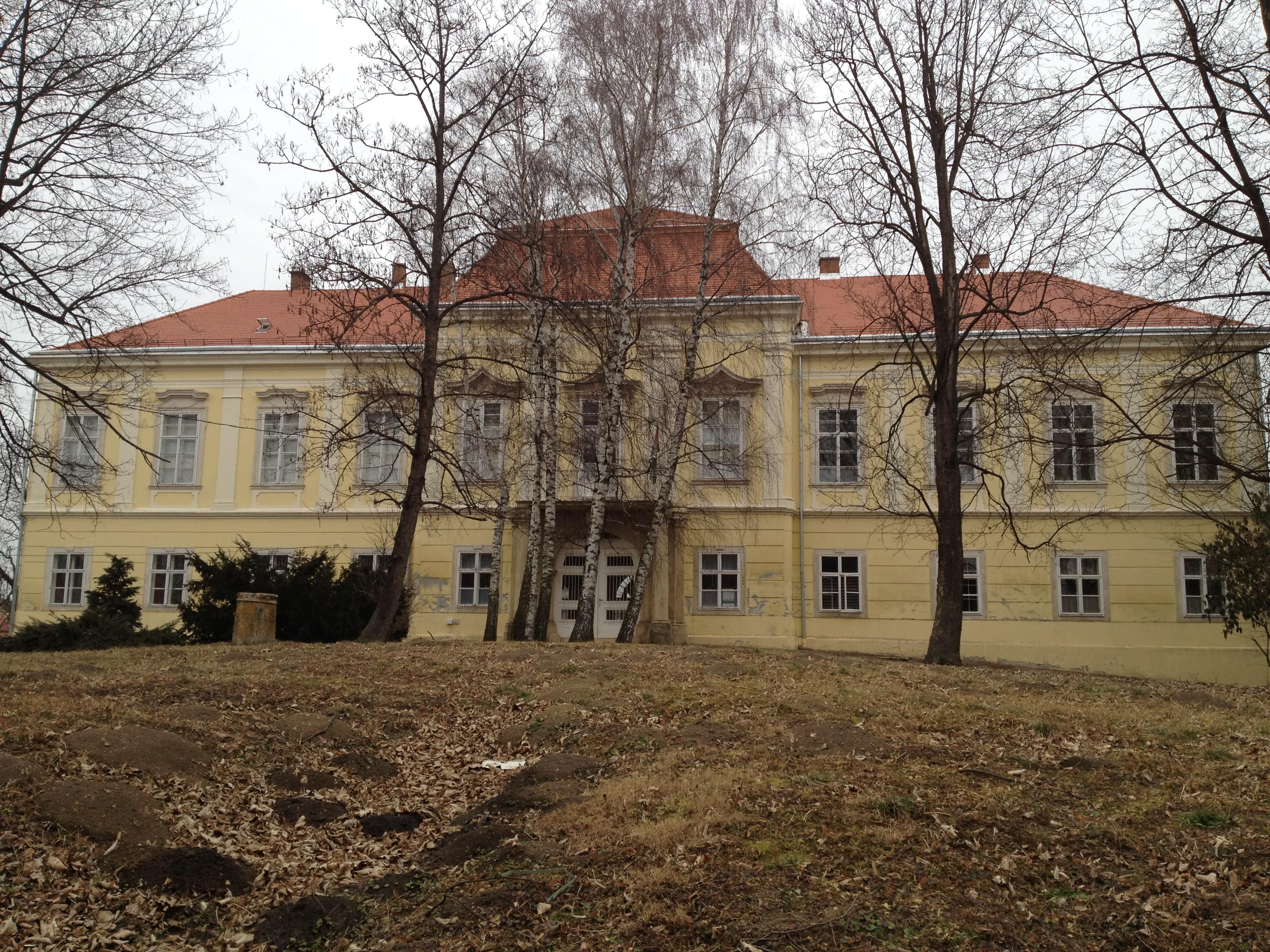 A Schilson-kastély felújítása Vassurányban