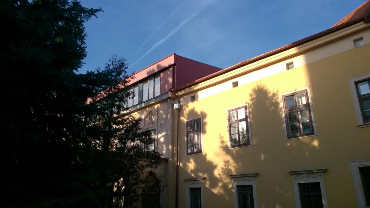Szent Orsolya Általános Iskola, Gimnázium és Kollégium tetőtér beépítési munkálatai
