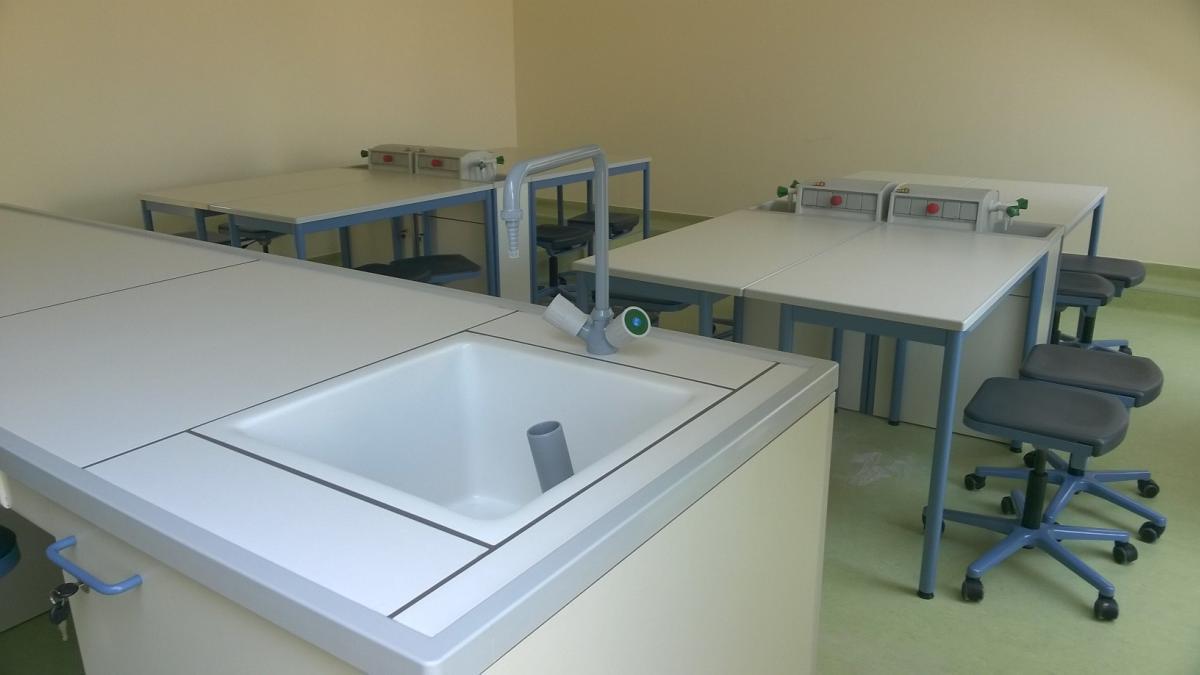 Szent Orsolya Általános Iskola, Gimnázium és Kollégium tetőtér beépítési munkálatai-belső terek